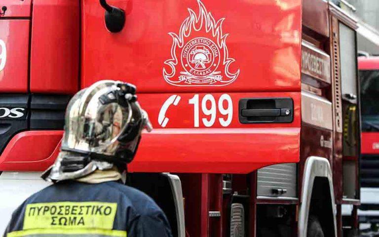 Κατεσβέσθη πυρκαγιά στις Αμάδες