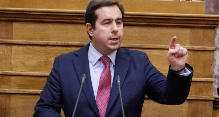 Υπουργός Μετανάστευσης και Ασύλου ο Νότης Μηταράκης