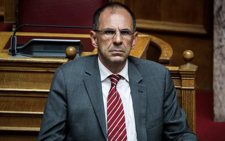 Γ.Γεραπετρίτης: «Έχει προεγκριθεί ο τόπος για τις νέες δομές σε Χίο και Λέσβο»