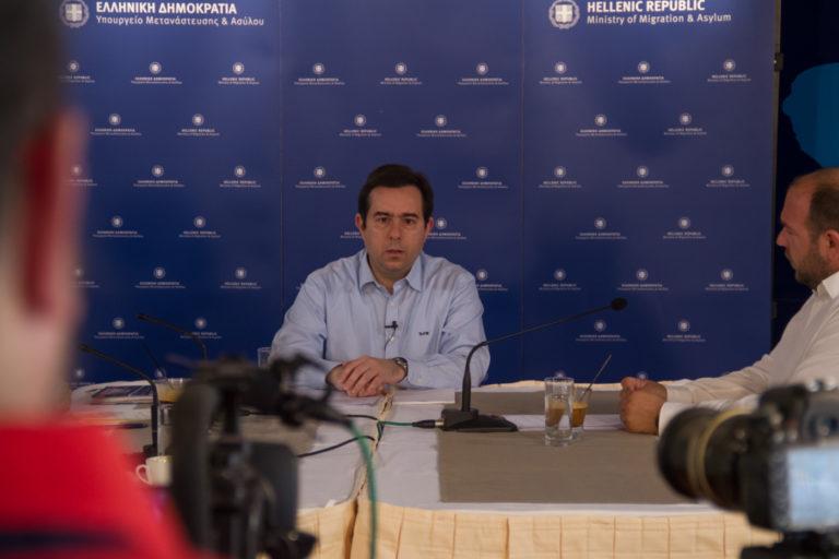 Ν.Μηταράκης για ΜΑΤ: «Δεν ήταν δική μου απόφαση αλλά αναλαμβάνω ευθύνη» (vid)