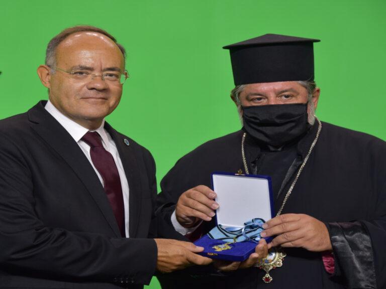 Τιμήθηκε από τον Πατριάρχη Αλεξανδρείας με τον Σταυρό του Αγίου Μάρκου ο Ανδρέας Μιχαηλίδης (pics)